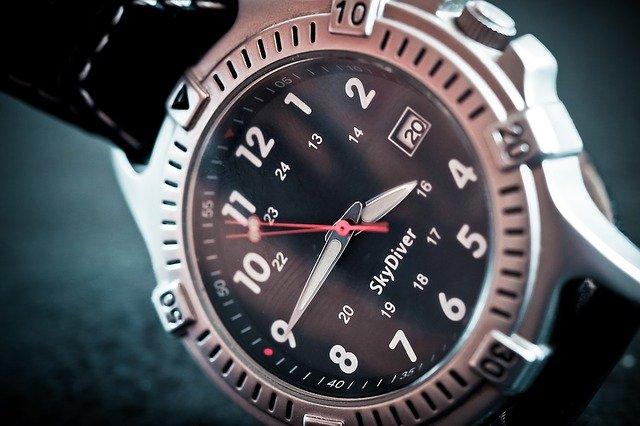 ciferník hodinek