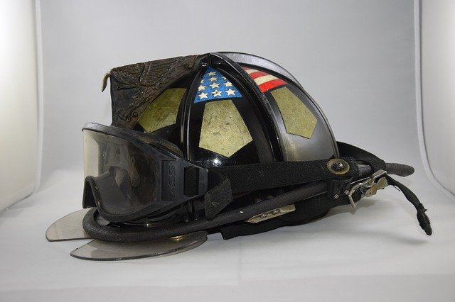 bezpečnostní helma